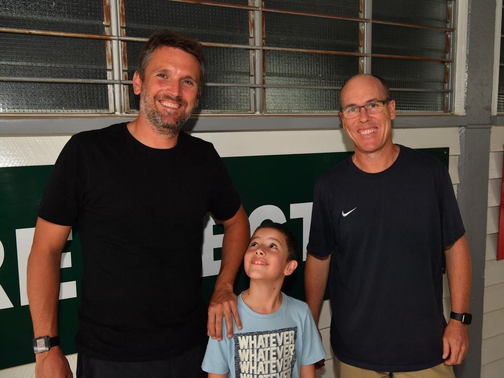 Parkes with student wellbeing officer John Hatfield and Yandina school principal Michael Cookman. Photo: John McCutcheon / Sunshine Coast Daily