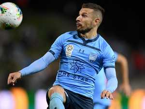 Sydney extend lead with win over Mariners