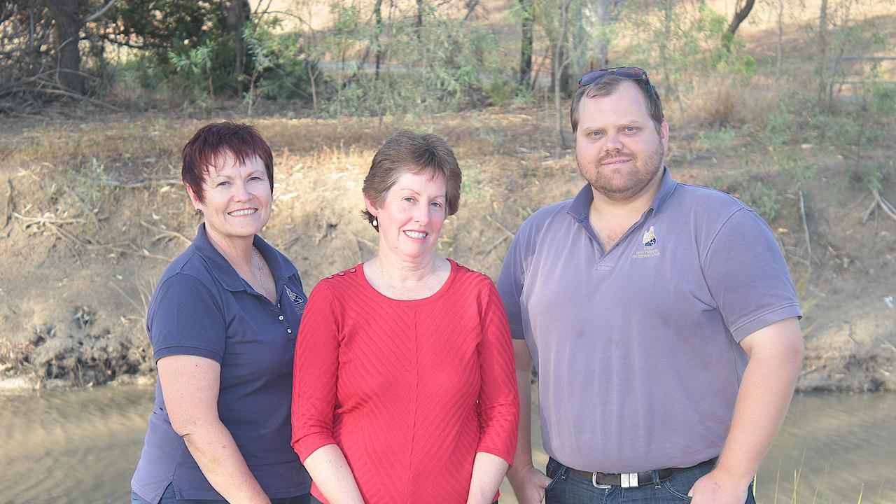 Vicki Beitz, Jenny Whip, Nathan Wichlacz of the Rural Financial Counselling Service (Roma).