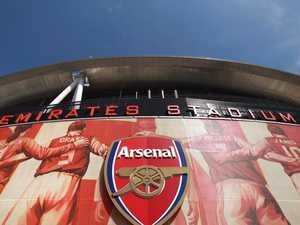 Football giant Arsenal bows down to China