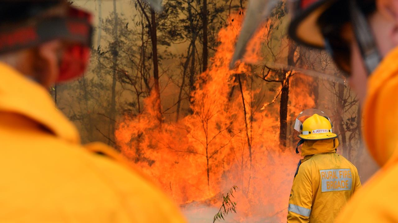 A raging bushfire at Peregian Springs this week proves our country is facing a climate emergency. Photo: John McCutcheon