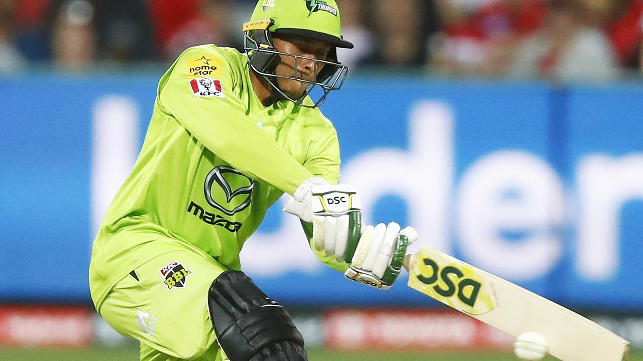 MELBOURNE, AUSTRALIA - DECEMBER 19: Usman Khawaja of the Thunder bats during the Big Bash League match between the Melbourne Renegades and the Sydney Thunder at GMHBA Stadium on December 19, 2019 in Melbourne, Australia. (Photo by Daniel Pockett/Getty Images)