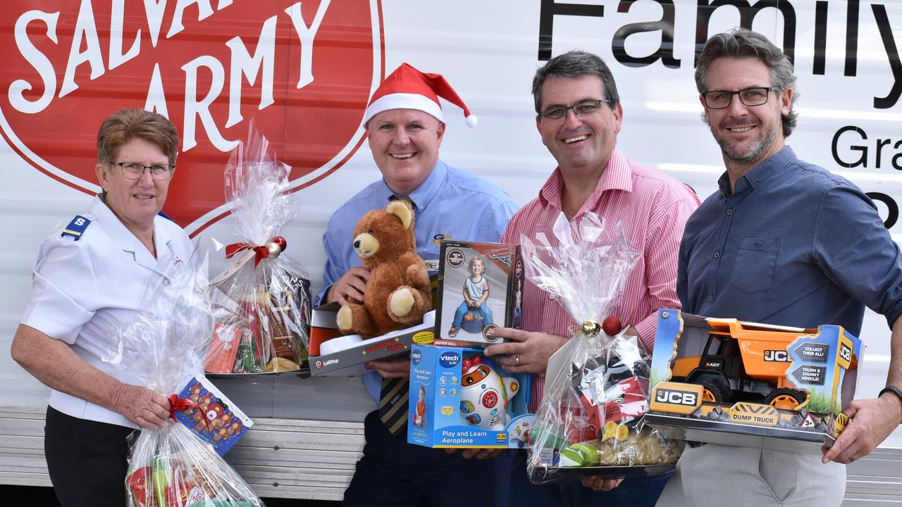 L-R: Salvation Army officer Judy Salter, GDSC CEO Nathan Whiteside 2GF presenter Richie Williamson and Daily Examiner editor Bill North at the 2019 Bushfire Christmas Appeal