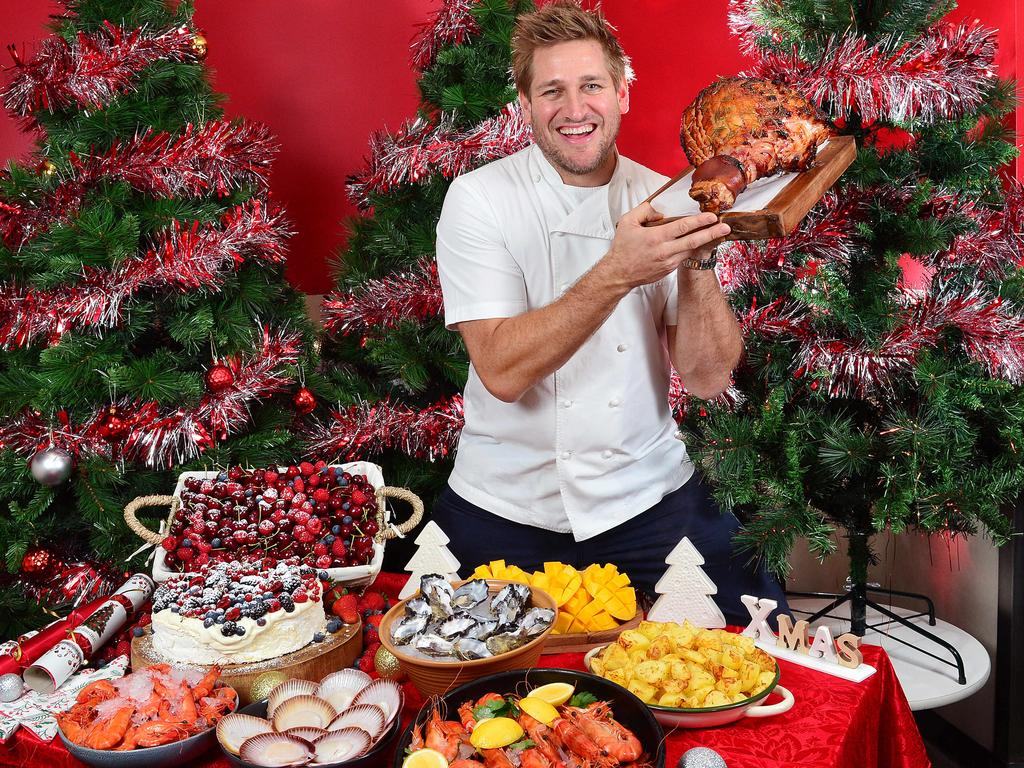Supermarkets are going to war for Aussie shoppers this Christmas by slashing prices on popular items as we reveal the best items at an affordable price.