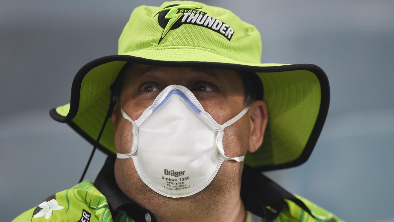 Bushfires wreak 'unprecedented' havoc with Aussie cricket