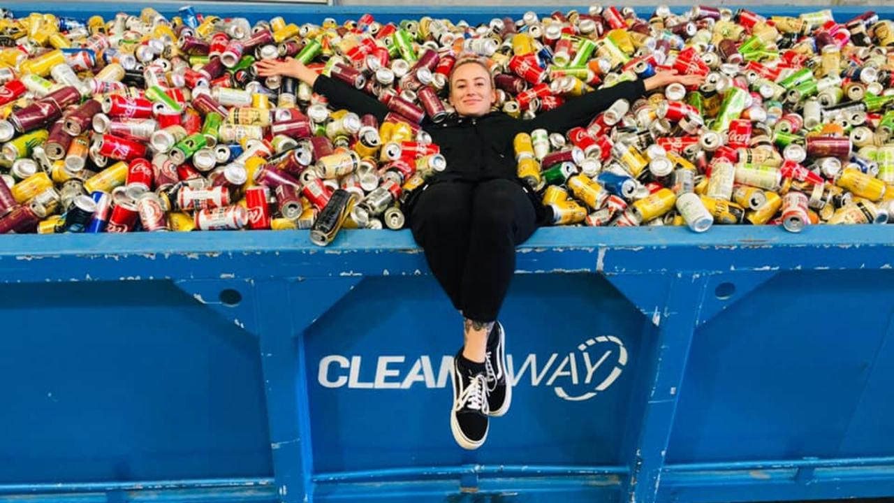 Leonie Starr has been collecting cans to raise money for her dream wedding.