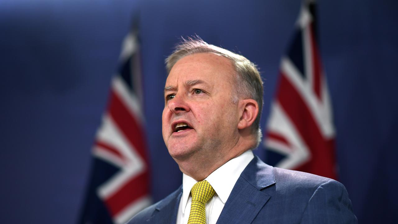 Federal Opposition Leader Anthony Albanese has called for the COAG meeting to be brought forward. Picture: AAP
