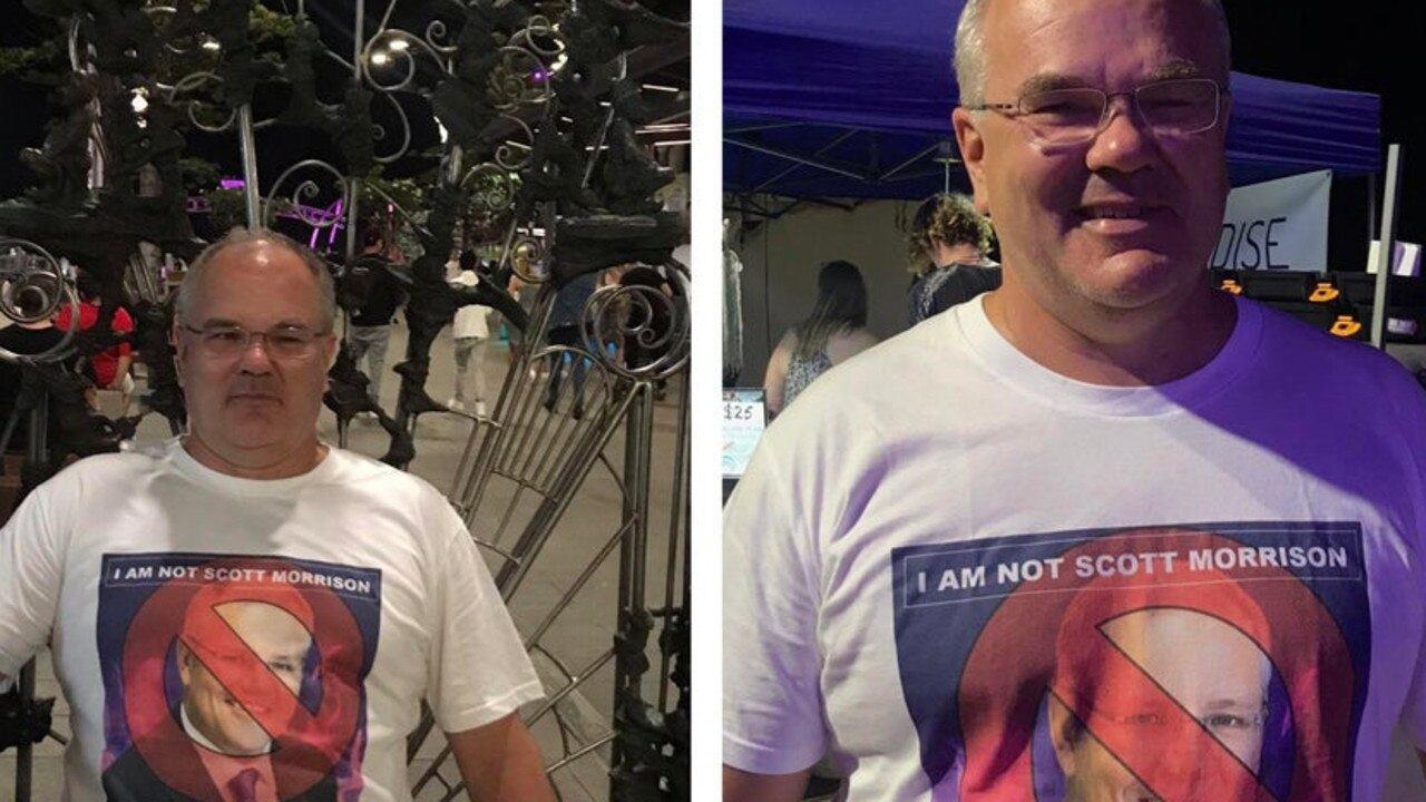 Dad wears hilarious shirt after being mistaken for Scott Morrison. Picture: u/SilenceOfTheLamb/Reddit