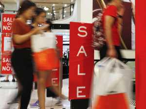 Myer EFTPOS drama as Boxing Day sales continue