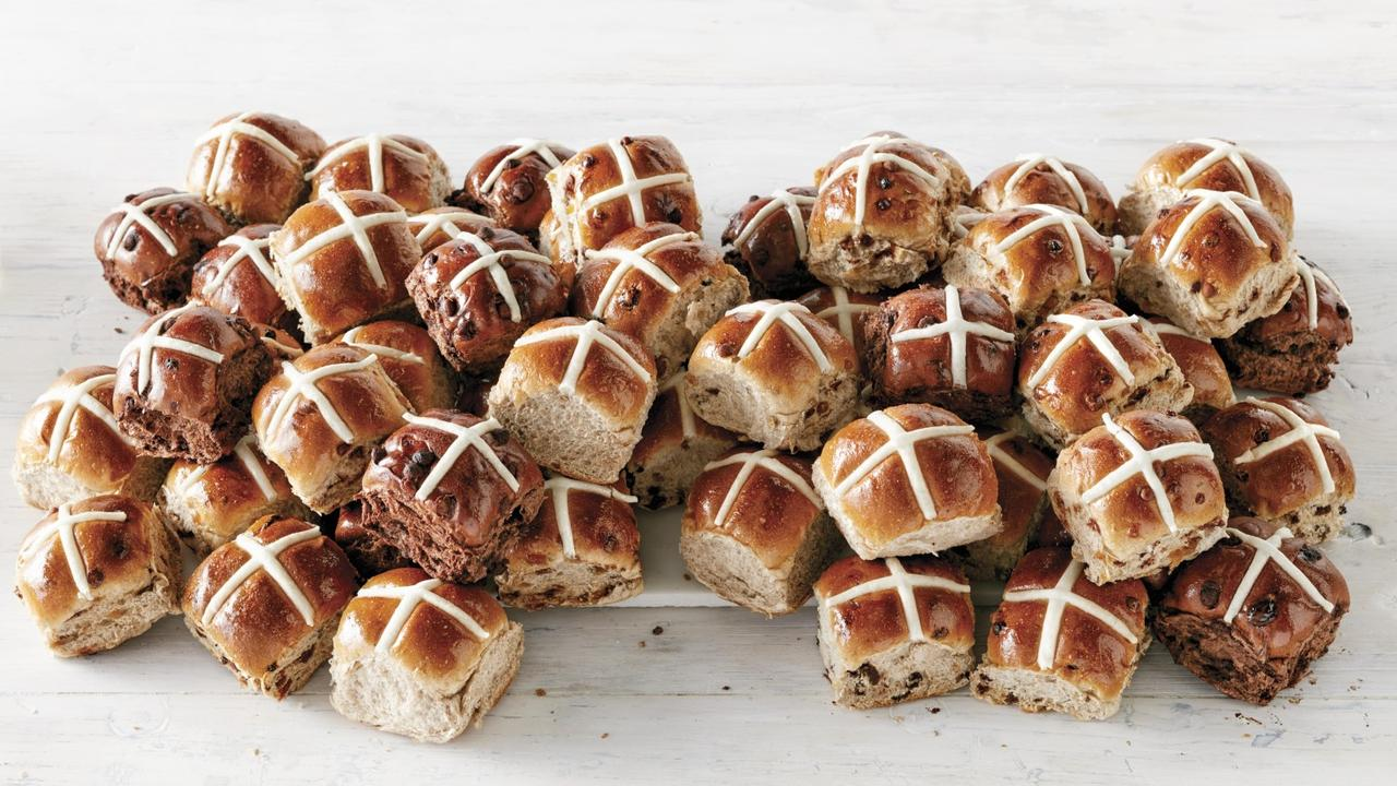 Coles hot cross buns