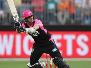 Curran stars as Sixers steamroll struggling Scorchers