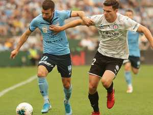 Ten-man Sydney leaves City in rearview mirror