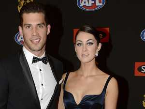 Footy in a fever as star ends silence