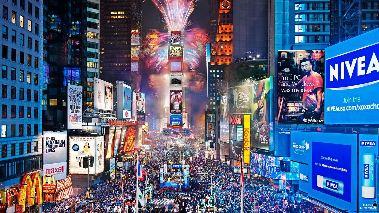 Hasil gambar untuk There's a big problem at the world's most iconic New Year's Eve party. And revellers are taking disturbing measures to combat the issue.