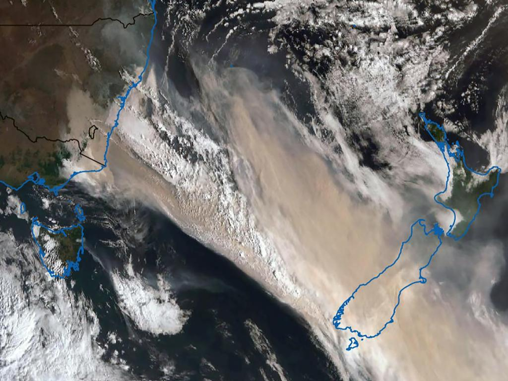 Satellite footage showing how the smoke from the NSW bushfires reached New Zealand's South Island. Picture: RFS