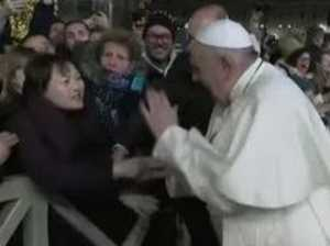 Worshipper gets slap from furious Pope