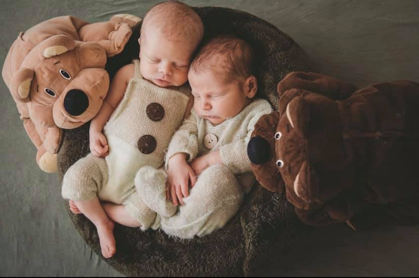 Sally Margaret Friend (left) and Memphis Gregory Friend (right), born 18th of November 2019 to parents Tom Friend and Tenelle Dargusch.