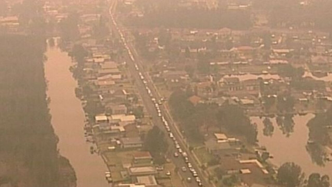 Queues along the Princes Highway of residents or vacationers fleeing the south coast ahead of Saturday's expected bad conditions. Picture: 9 News