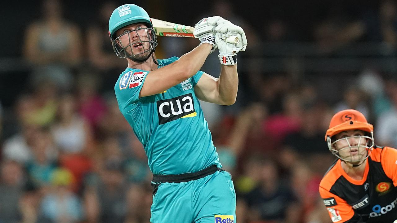 Every six Brisbane Heat skipper Chris Lynn hits in the Big Bash will result in a $250 donation for bushfire victims. Picture: Dave Hunt/AAP