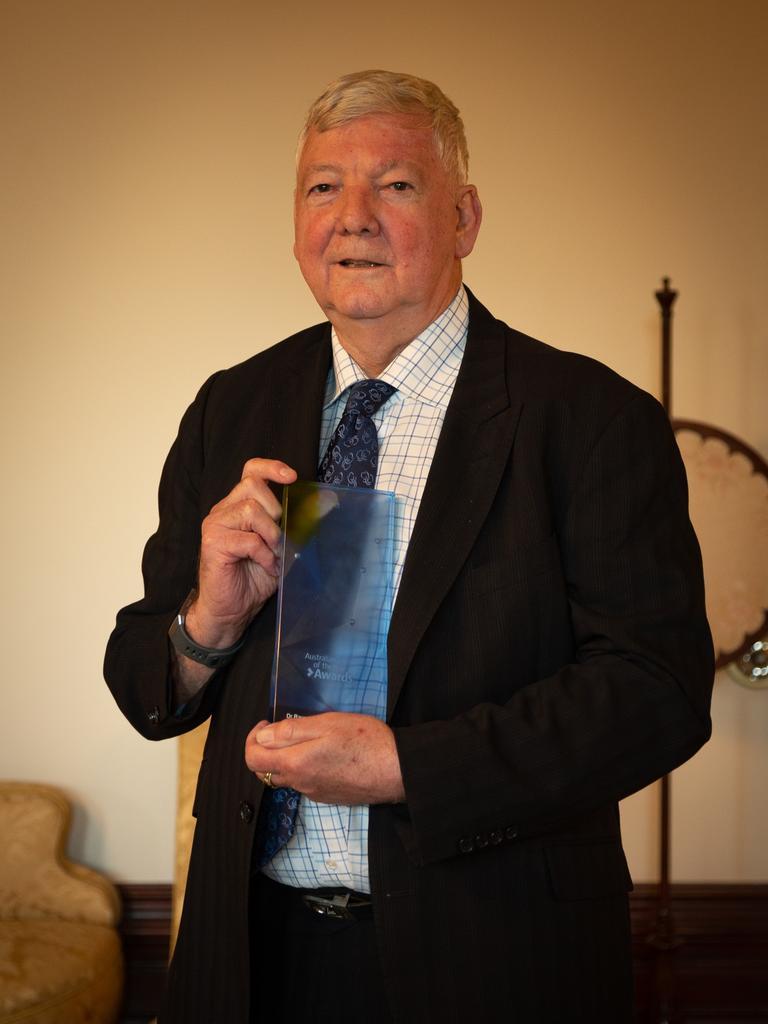 VIC Raymond Shuey