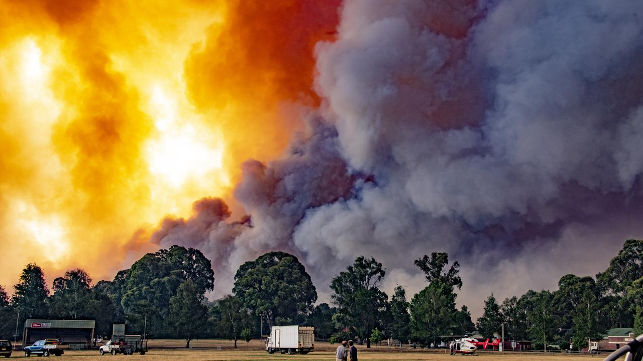 The monstrous fire advanced towards town. Picture: Daniel Shaw and Timothy Dean