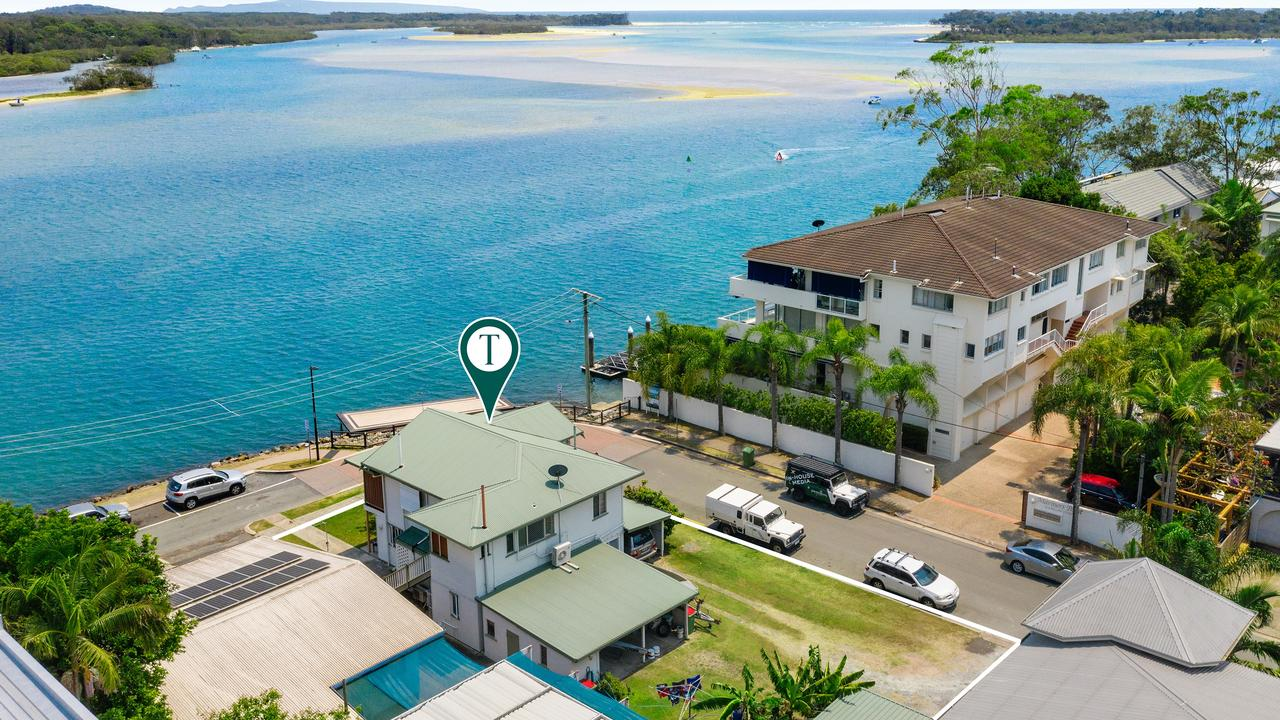 307 Gympie Terrace, Noosaville, will go to auction.