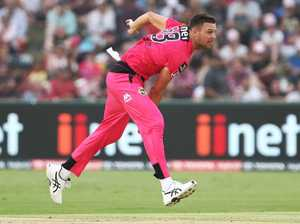 Sixers prevail in BBL classic at Coffs Harbour