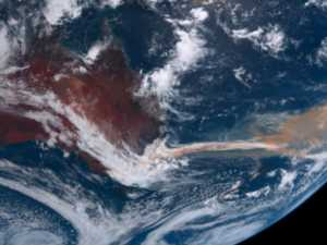 Bushfire smoke stretches across globe