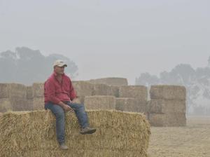 Burrumbuttock Hay Runners race to help