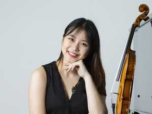 Young violinist hits a high note