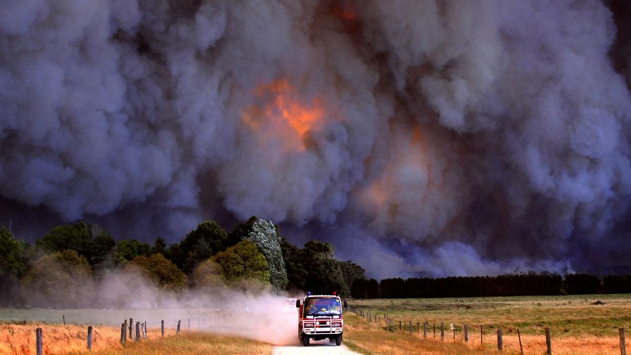 Labertouche bushfires on Black Saturday. Picture: Alex Coppel