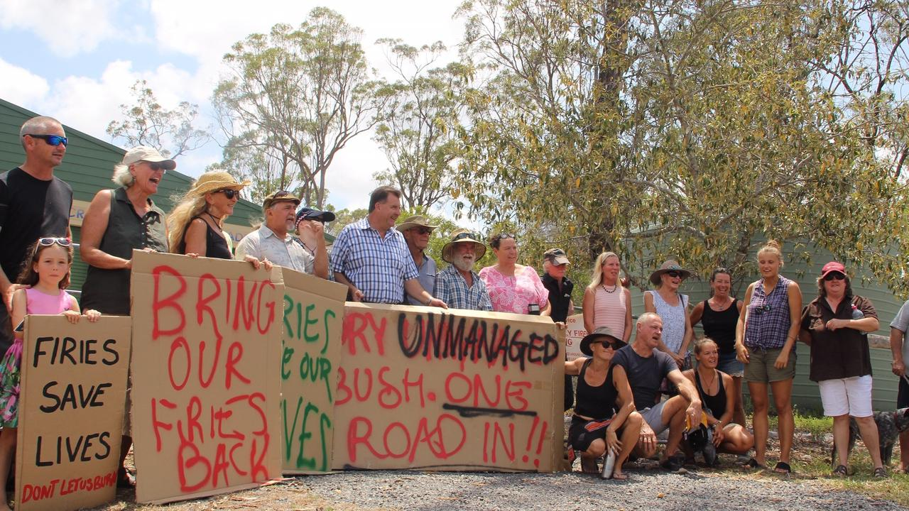 Members of the Captain Creek community are calling for urgent reinstatement of the Captain Creek Rural Fire Brigade.