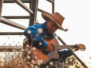 Golden guitar winner's show celebrates Aussie spirit