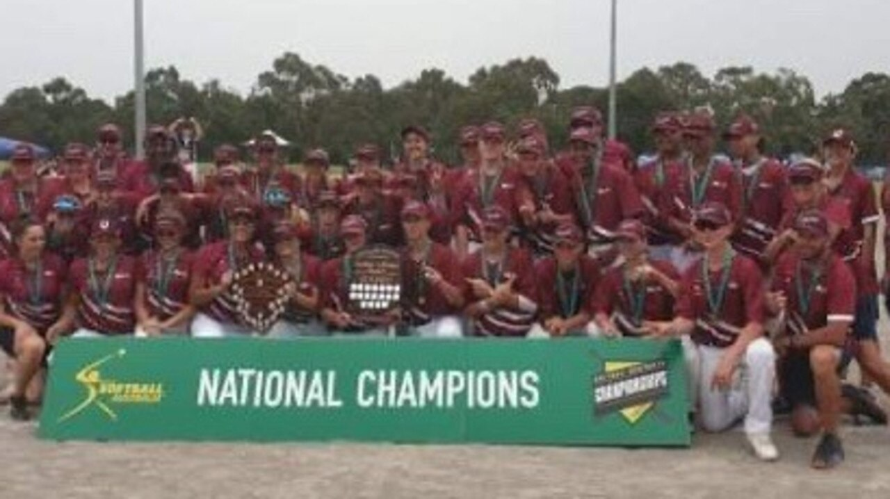 Both Queensland teams celebrate. PICTURE: Softball Queensland