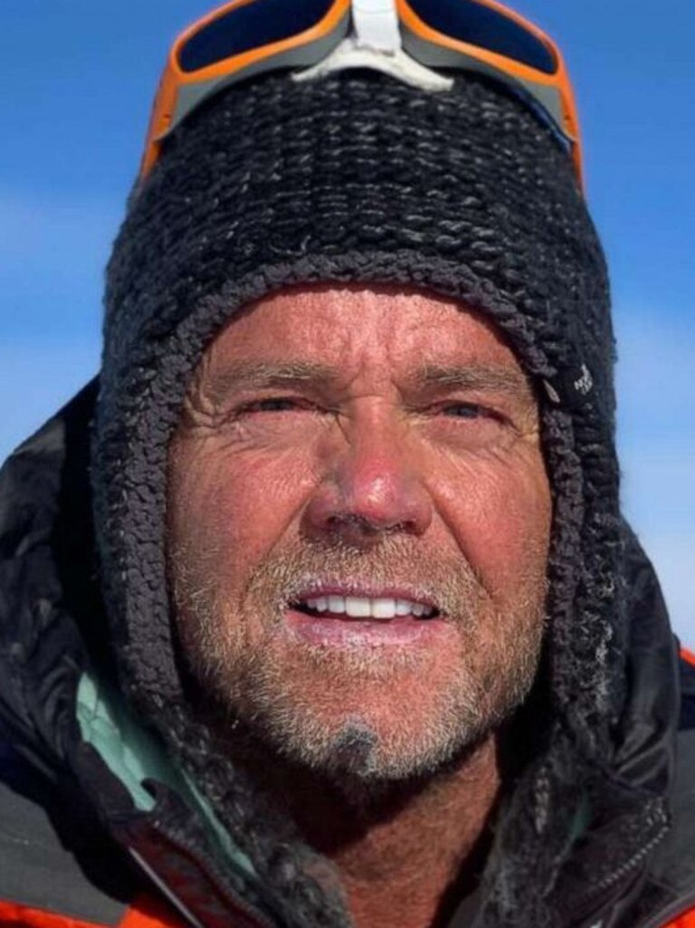 American Donald Cash died on Mt Everest in 2019, less than an hour after climbing each of the tallest summits on every continent.