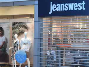 Jeanswest Gympie shuts doors early amid national collapse