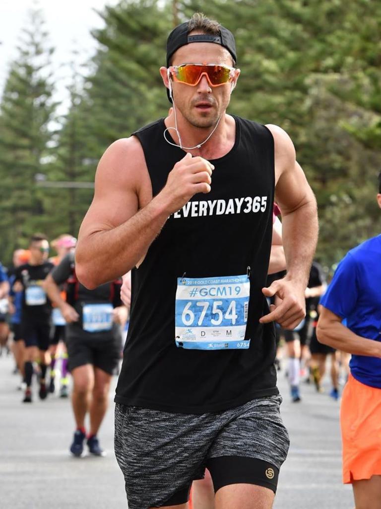 He also runs marathons. Pic: @davepowtabain