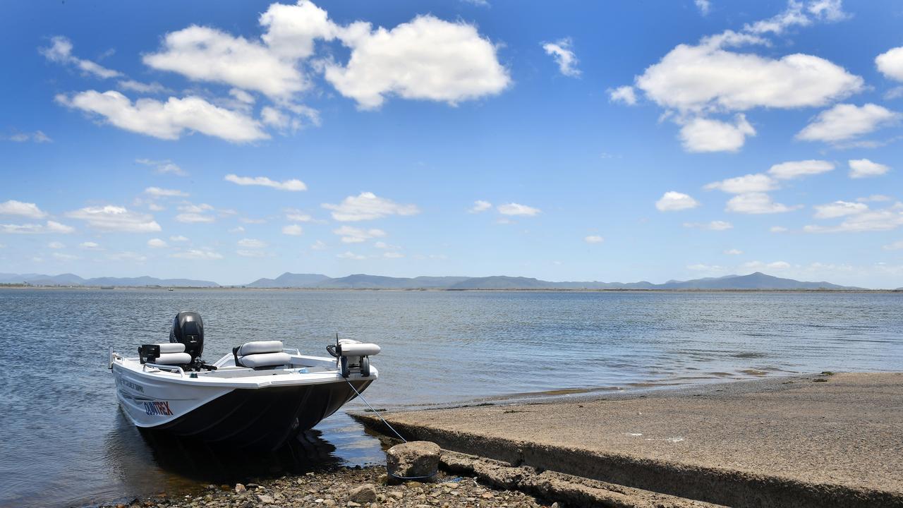 Kinchant Dam is a great spot to take the kids fishing.