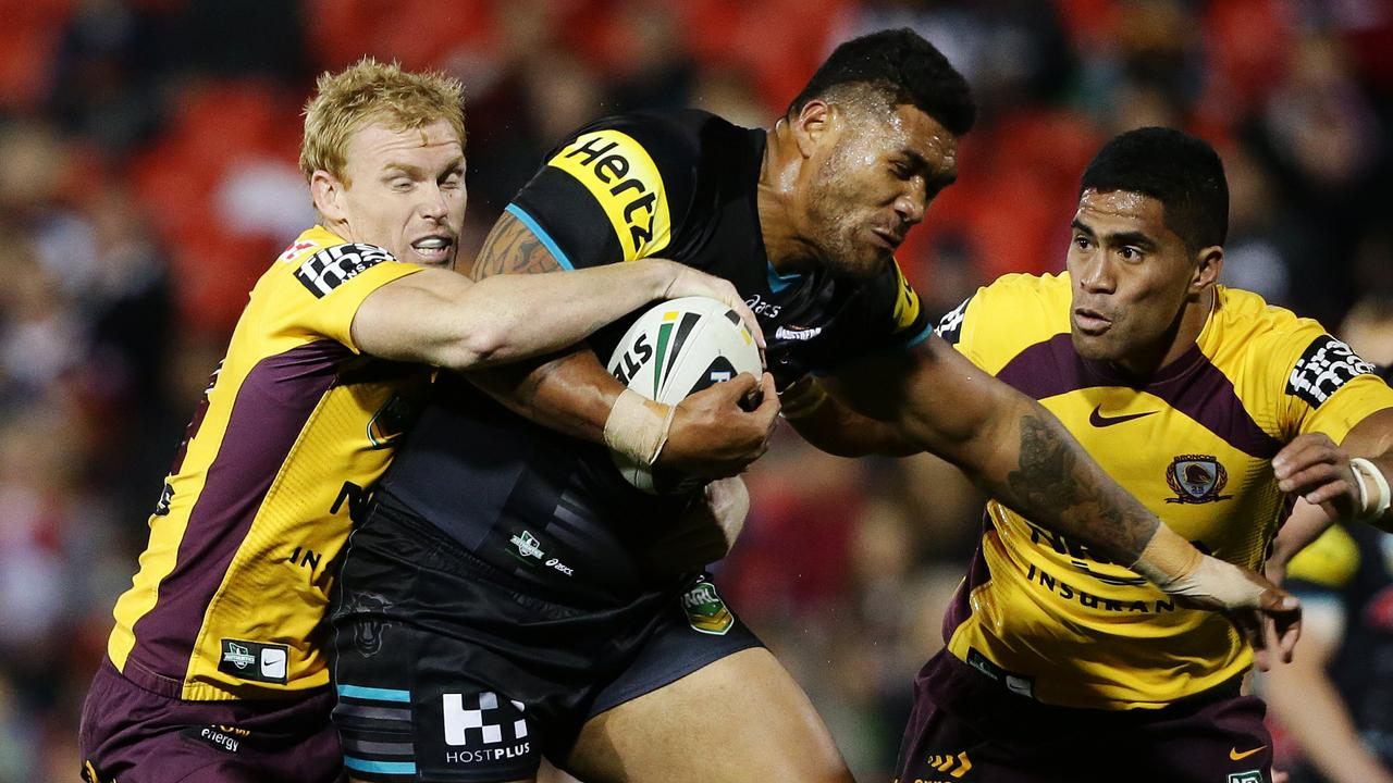 Mose Masoe played for Penrith in the NRL.