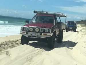 'Speed kills': Calls to ban 4WD on popular beach