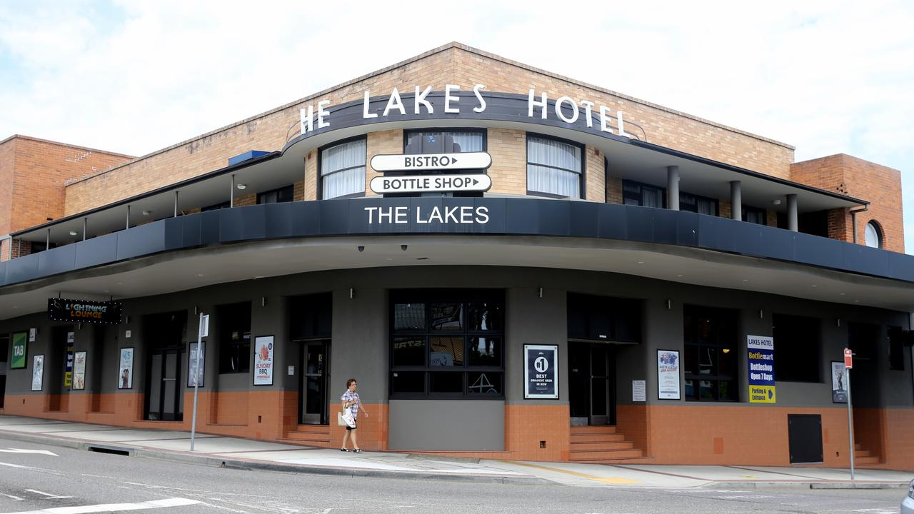 The Lakes Hotel at the Entrance. Picture: John Grainger