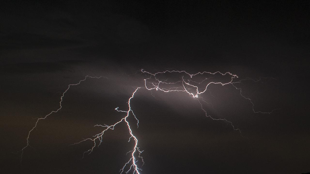 Thunderstorms on the radar across NSW today. Photographer Dan Hunter