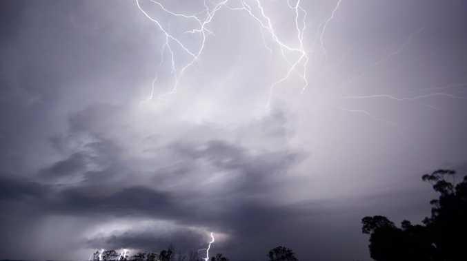 SEVERE STORM WARNING: Damaging winds, heavy rainfall, hail