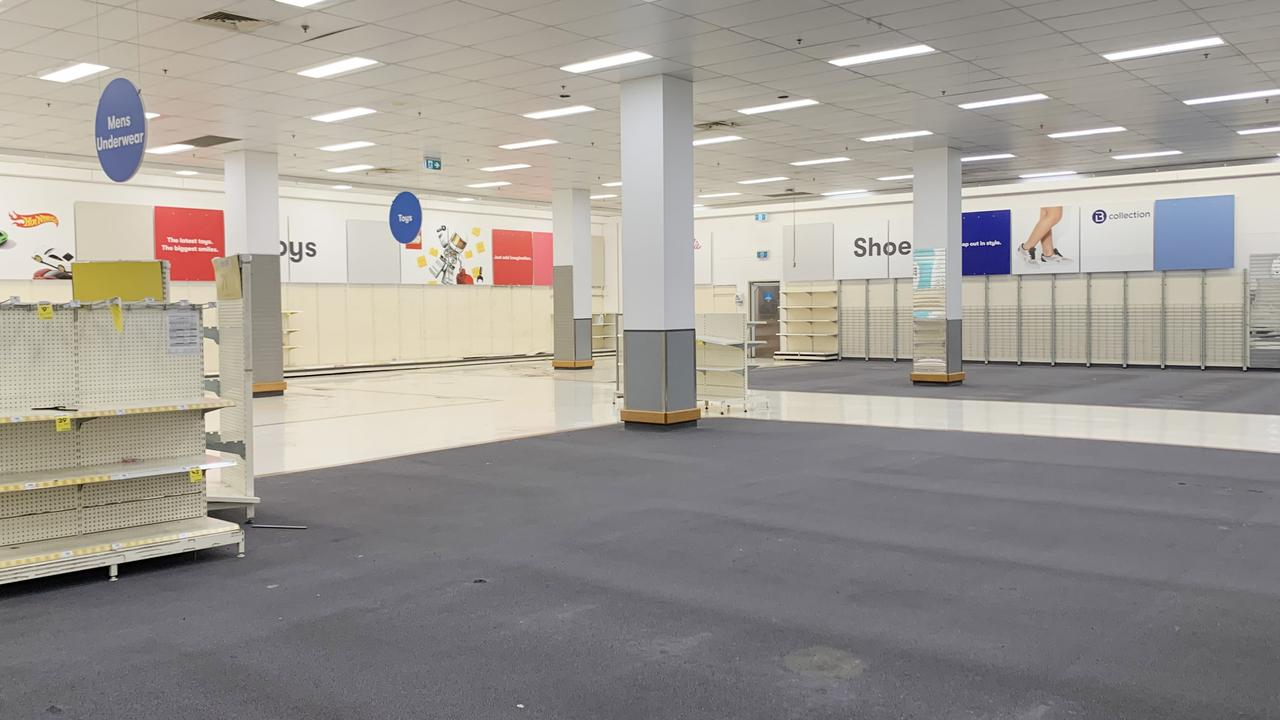 Big W is starting to close the doors of up to 30 stores as it battles Australia's retail woes. There are bargains to be had, indeed, but it has also angered customers.
