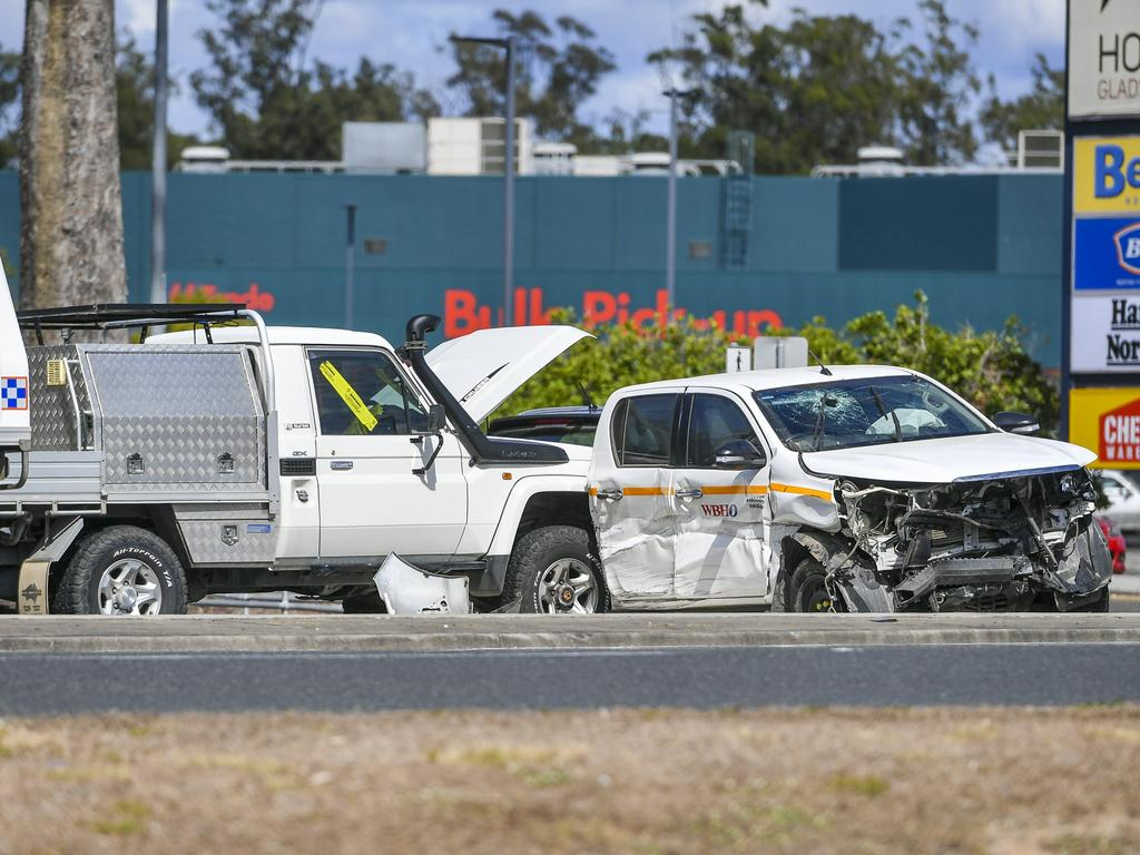 An incident occured on the corner of Dawson Highway and Aerodrome Road at around midday after an escaped prisoner attempted to flee from police.