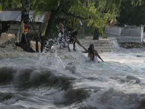 UN warns waves of climate change refugees on way
