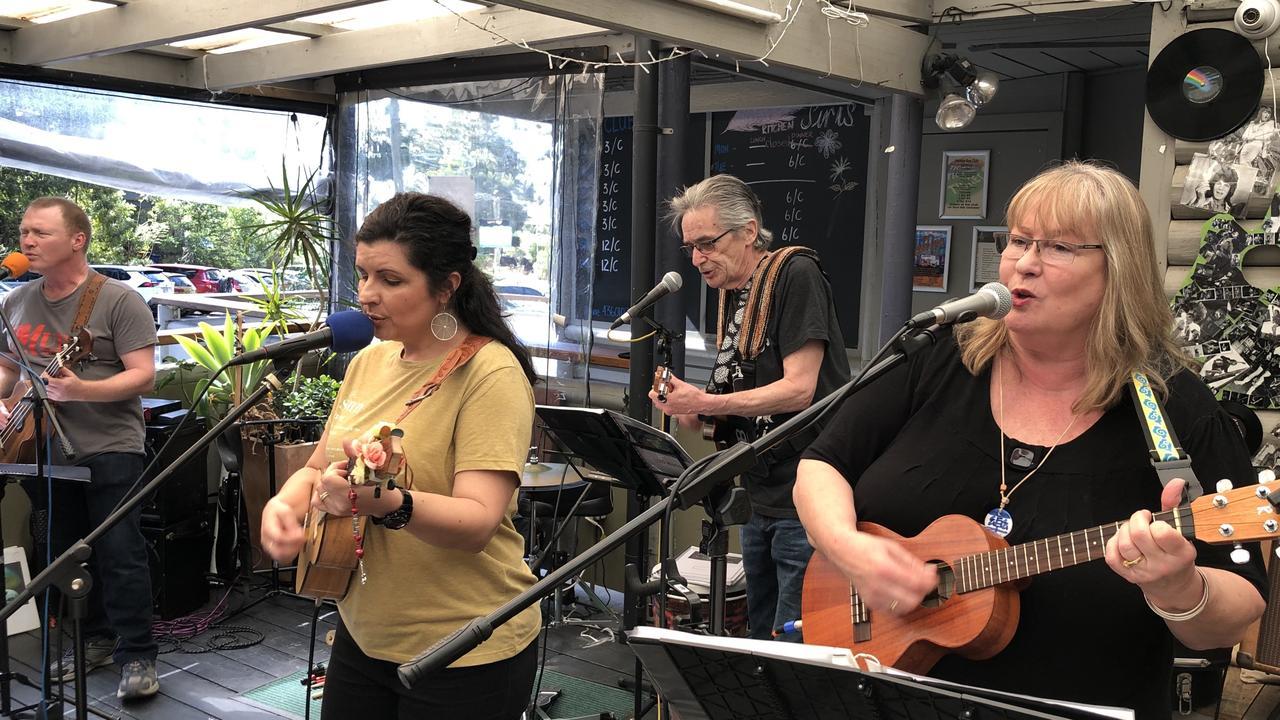Multi-instrumental quartet Mirrabooka will headline the Thank You Firies Fundraiser on February 1.