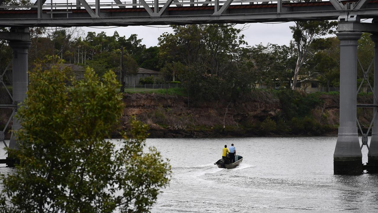 EMERGENCY RESPONSE: Burnett River.