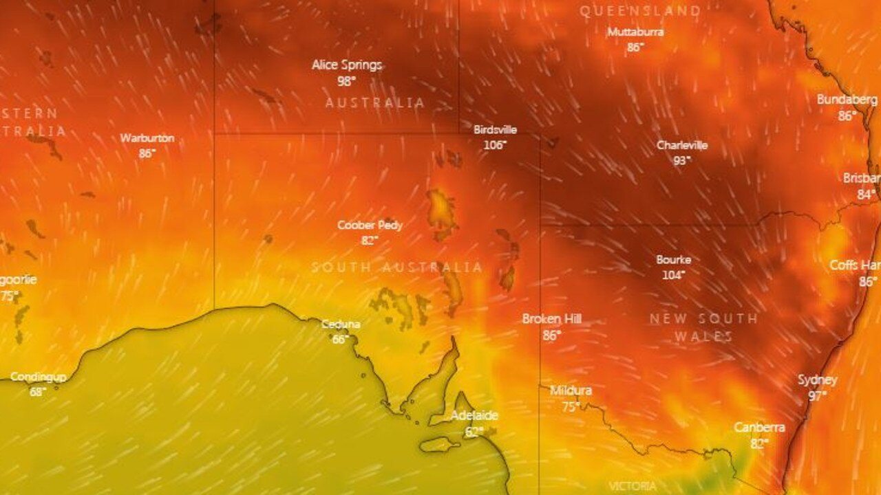 It's so hot in NSW that the government has called on residents to cut their power use as the state's supply nears full capacity.