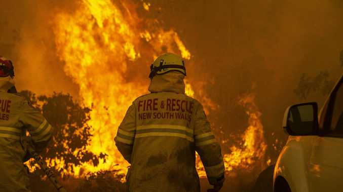 Bushfire warning as hot 120km/h winds threaten NSW